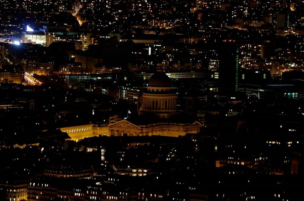 <i>Earth Hour</i> Indonesia 2020 bakal DIgelar Secara <i>Online</i> Malam Ini