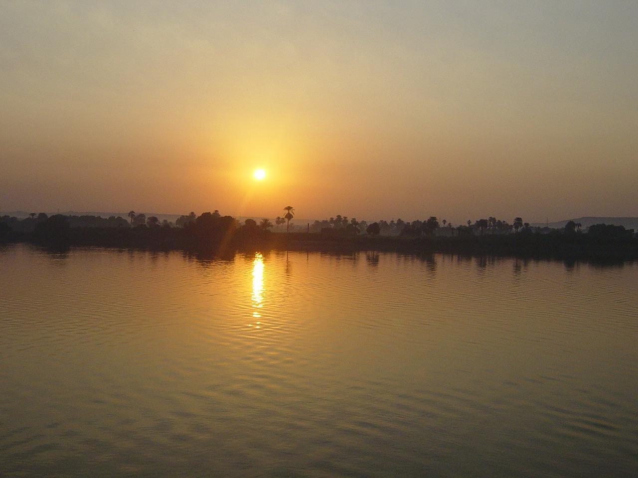 Cerita Khalifah Umar Menyurati Sungai Nil