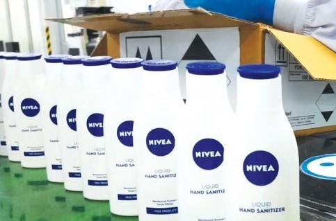 Nivea Produksi Ribuan <i>Hand Sanitizer</i> untuk Disumbangkan ke Rumah Sakit