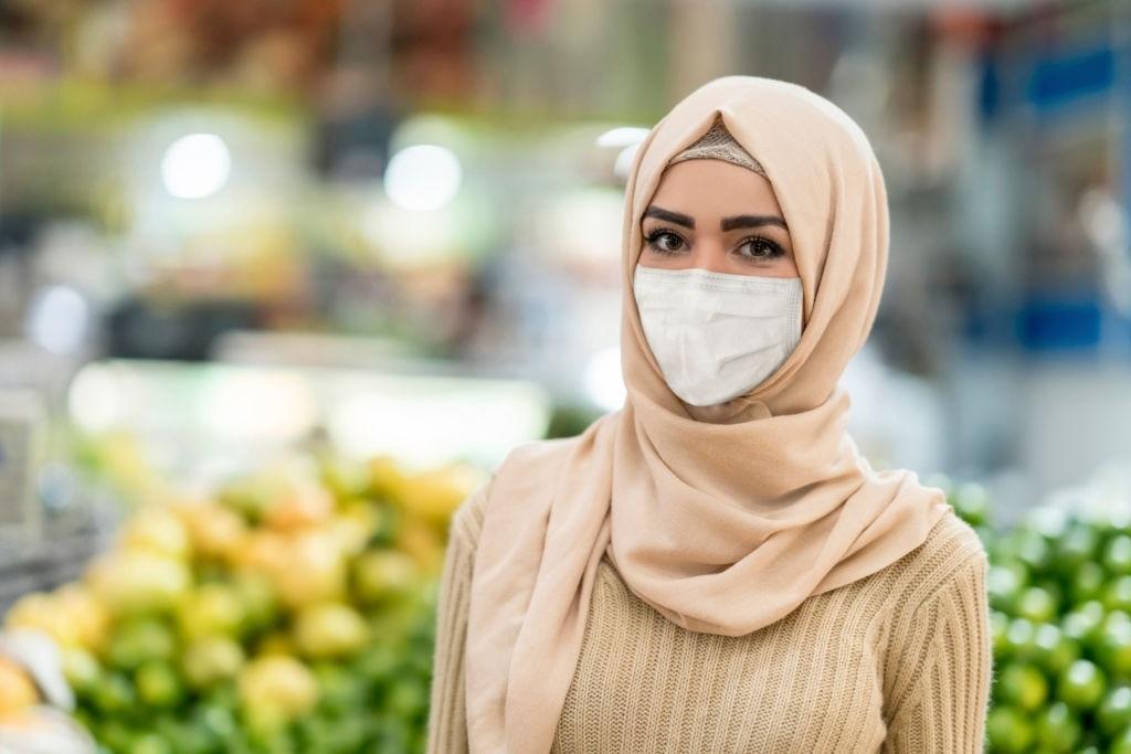 4 Tips Padu Padan OOTD dan Masker di Masa <i>New Normal</i>