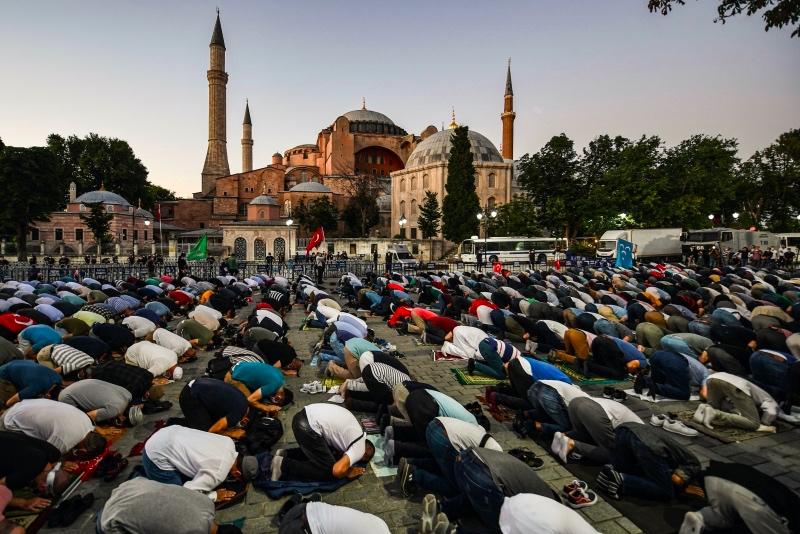 Turki Tunjuk Tiga Imam dan Lima Muazin untuk Hagia Sophia