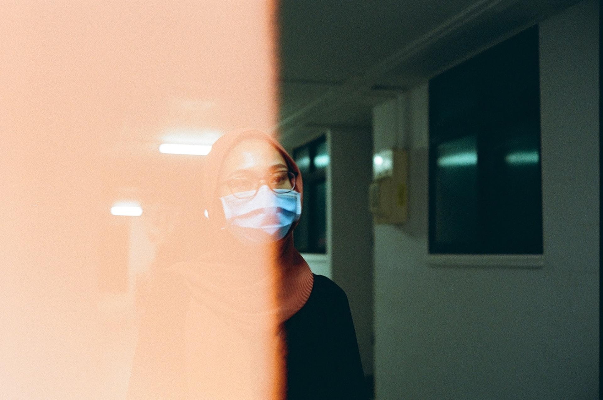 Penggunaan Masker Mengganggu Kulit Wajah? Coba Ikuti Tips Ini