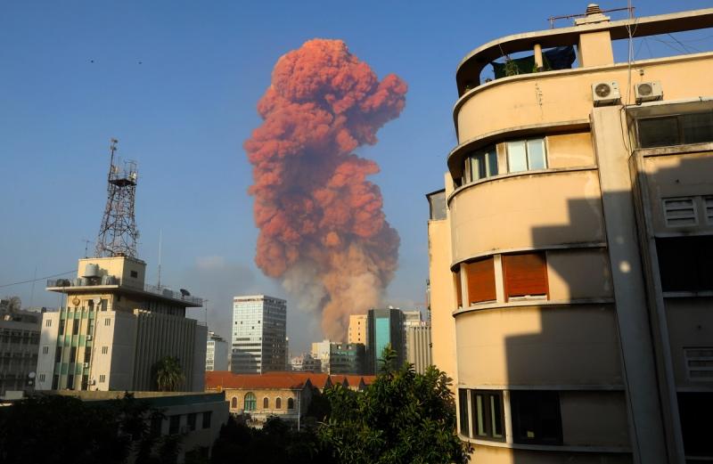 Ledakan Besar Mengguncang Beirut