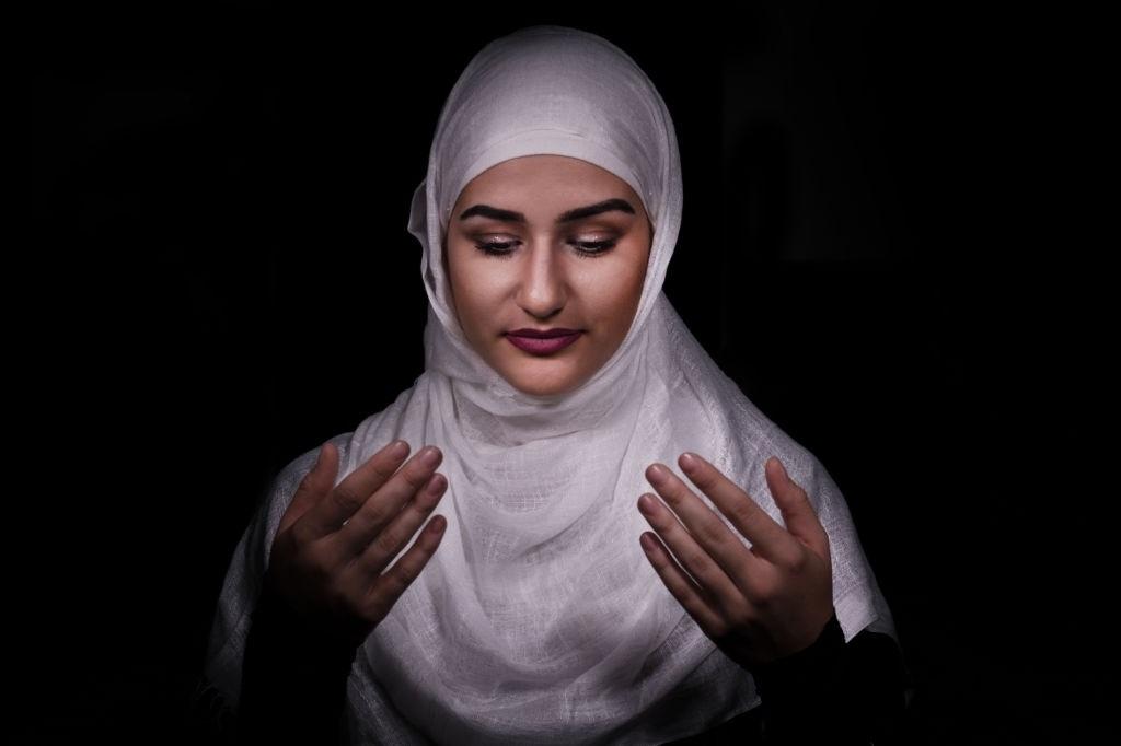 Doa Akhir Tahun Hijriah Lengkap Arab, Latin, dan Terjemahannya