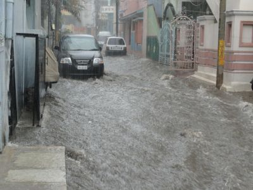 Doa Terhindar dari Bencana Banjir