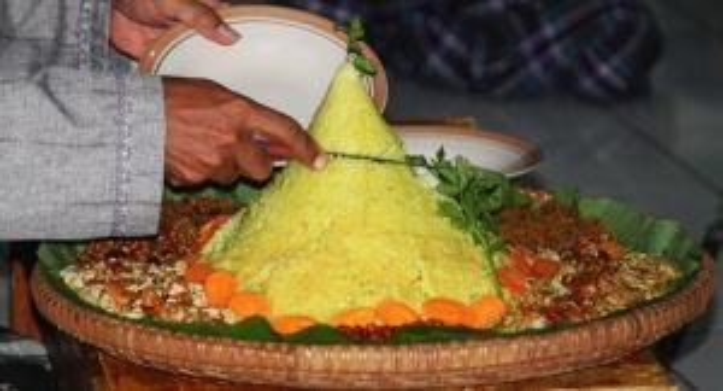 Beberapa Tradisi Bulan Rajab Umat Muslim di Indonesia