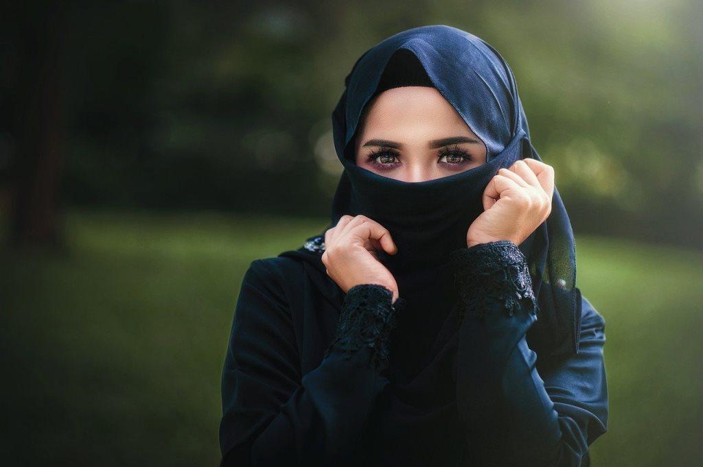 <i>Back to Office,</i> Ini 5 Tips Busana untuk Hijabers