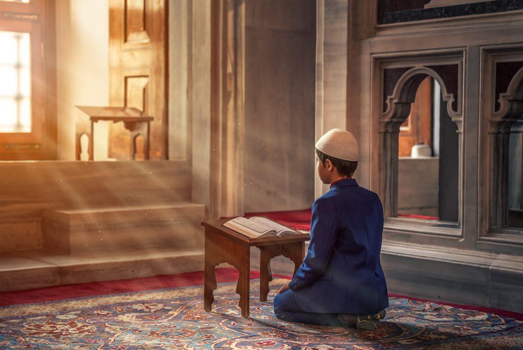 Doa Memohon Ketenangan Hati Saat Menghadapi Persoalan