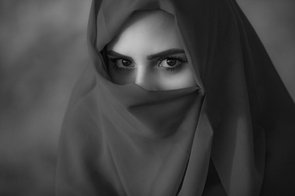 Kisah: Asma binti Abu Bakar, Perempuan Generasi Islam Pertama yang Sangat Dermawan