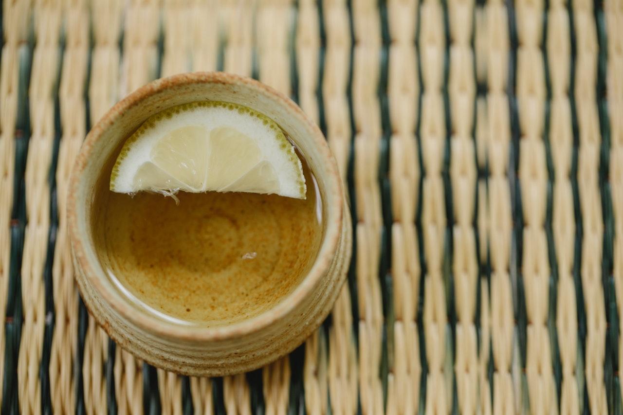 5 Khasiat untuk Kesehatan dari Teh Hijau dengan Lemon