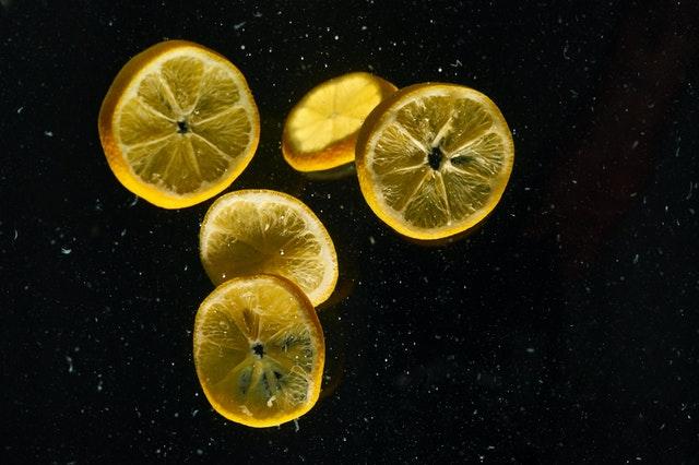 9 Makanan Sumber Vitamin C Alami yang Baik untuk Meningkatkan Imun Tubuh