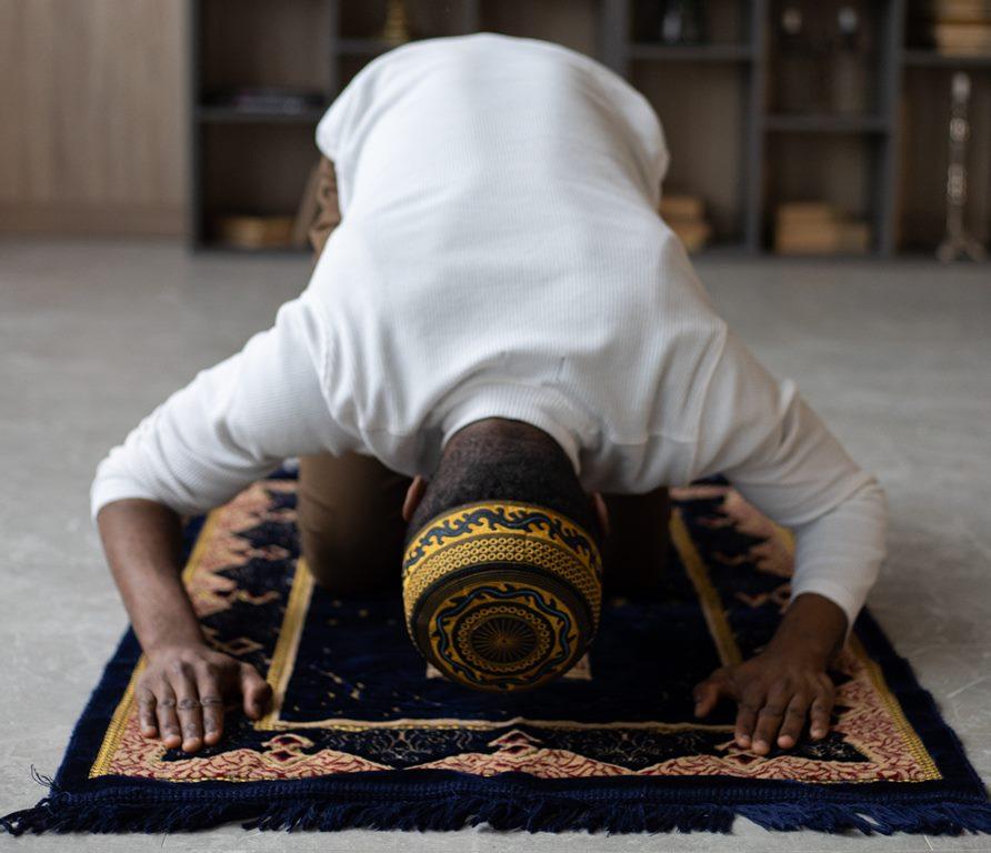 Jumlah Takbir dalam Salat Idul AdhaBeserta Bacaannya