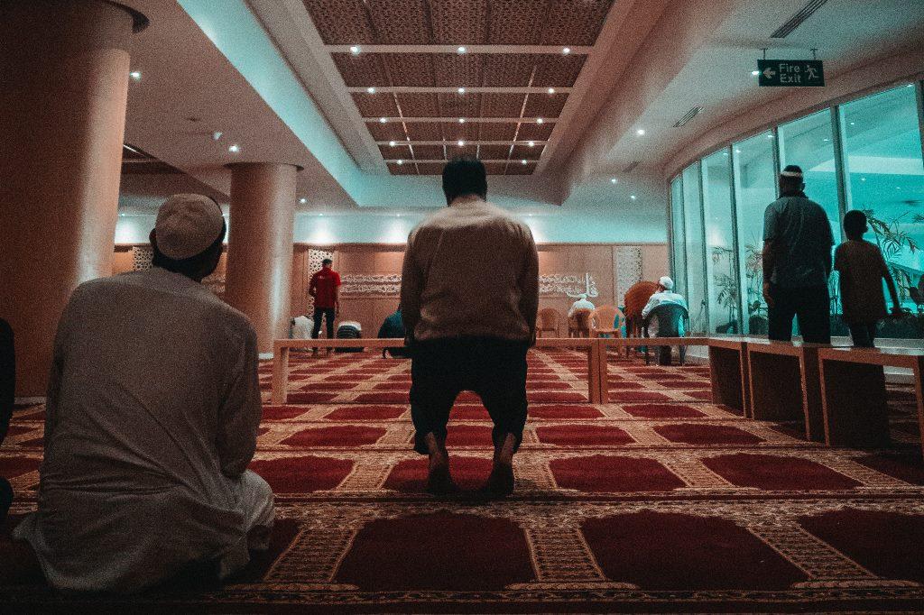 Menjadi Imam Salat Berjamaah, Inilah Syarat-syarat yang Harus Dipenuhi